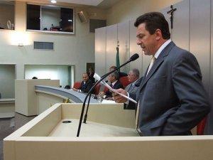 Governador comparece na retomada dos trabalhos do Legislativo