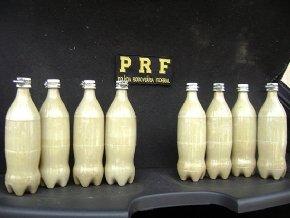PRF apreende 10 Kg de cocaína em tanque