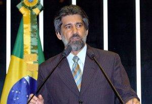 Raupp reivindica atuação criteriosa do IBAMA no combate ao desmatamento na Amazônia