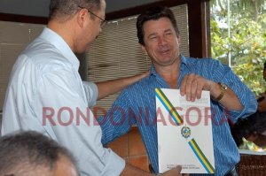 Convênio do Estado garante R$ 1,1 milhão para transporte escolar em Porto Velho