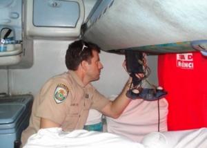 PRF encontra quase 12 quilos de coca na tubulação de ar de ônibus que saiu de Rio Branco a São Paulo