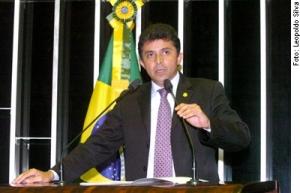 EXPEDITO JÚNIOR CONTESTA ATAQUES DE FÁTIMA A CASSOL