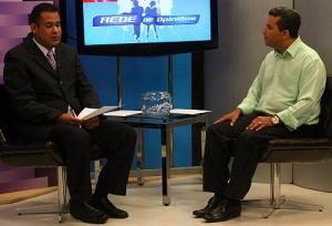 Candidato à prefeito Garçon fala sobre campanha em entrevista na Rede TV