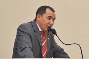 Deputado cobra providencias da Prefeitura e MP sobre Shopping