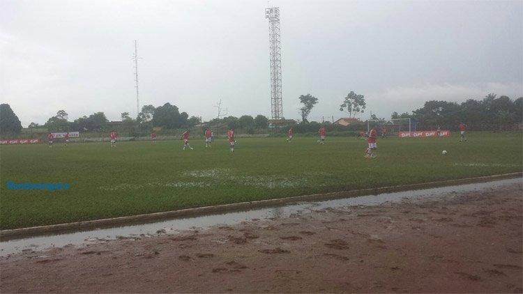 Chuva dificulta jogo entre Guajará e Rondoniense pelo estadual na Pérola do Mamoré