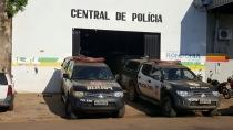 Polícia prende foragido com objetos roubados de escola