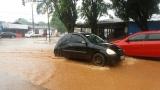 Ruas alagam durante forte chuva em Porto Velho; veja fotos