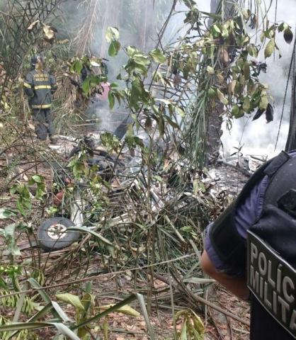 Quatro pessoas morrem em queda de avião em Manaus