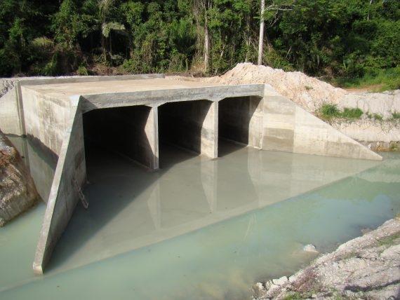 Galeria de concreto na RO-133 está em fase conclusão, diz governo