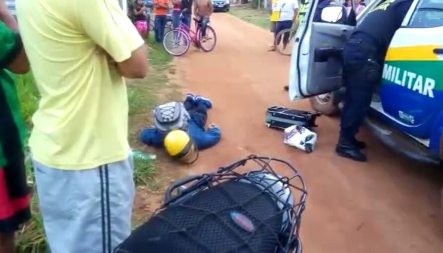 Homem é executado em possível emboscada e mototaxista fica gravemente ferido