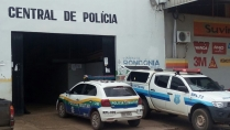 Irmãos monitorados por tornozeleira eletrônica são detidos com maconha fora da rota autorizada pela Justiça