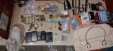 Polícia detém oito pessoas, apreende drogas e produtos furtados em boca de fumo na capital