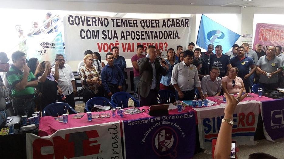 Quatro deputados e dois senadores de Rondônia firmam compromisso contra a reforma da Previdência