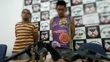 Dois suspeitos de furto a residência são presos com arma em Porto Velho