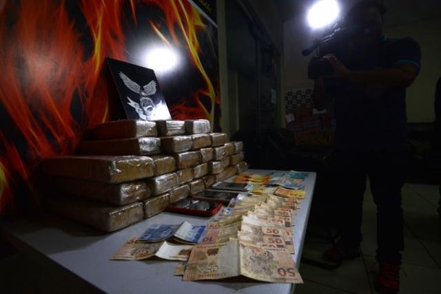 Traficantes do Mato Grosso do Sul são presos com 26 quilos de maconha rumo a Porto Velho