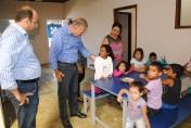Prefeito visita nova creche que iniciou atividades com 70 crianças