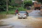 Chuva intensa causa estragos em Cacoal