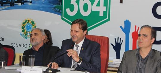 Acir Gurgacz cobra celeridade do Governo Federal para obra de concessão e duplicação da BR-364