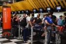 Mesmo autorizadas, companhias aéreas ainda não decidiram sobre cobrança de bagagens