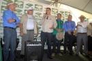 Governador e diretores do Incra entregam 180 títulos a agricultores da reforma agrária