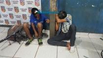 Dupla é presa com moto roubada e arma de brinquedo na Zona Sul da capital