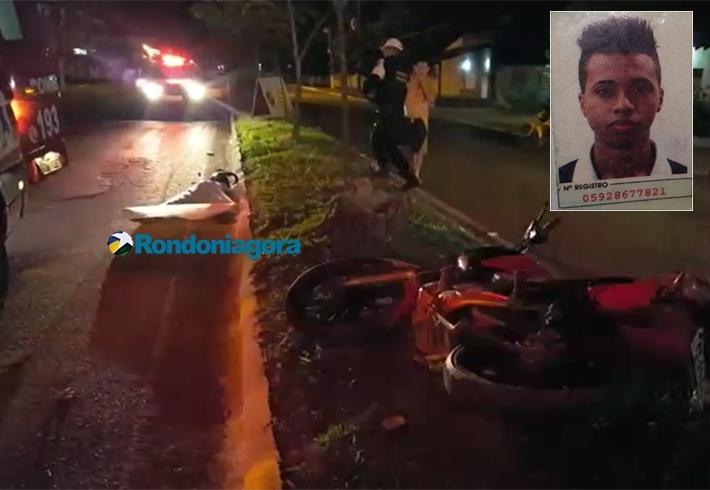 Vídeo: Motociclista morre ao bater em árvore durante fuga em Porto Velho