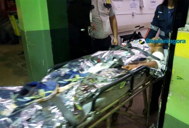Bandidos esfaqueiam vítima de roubo e fogem sem levar nada