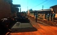 Após três décadas, asfalto chega ao Bairro Teixeirão