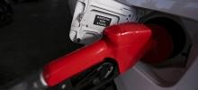 Tribunal derruba liminar e mantém alta no preço dos combustíveis