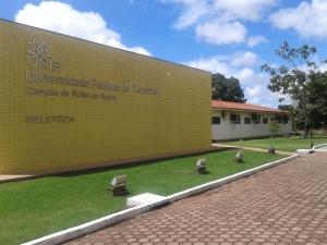 Unir divulga edital de seleção para professor substituto com salário de até R$ 5.426,30