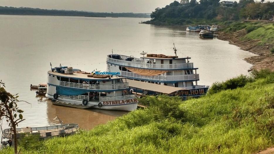 Seca compromete navegação e transporte de cargas pelo Rio Madeira