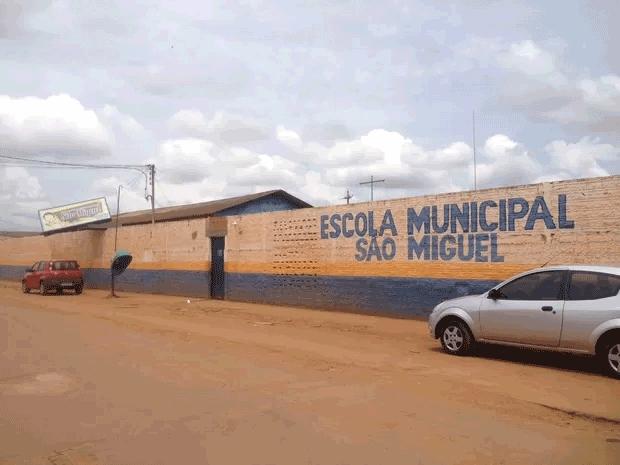 Assaltantes invadem escolas infantis e fazem crianças de reféns na Zona Leste da Capital