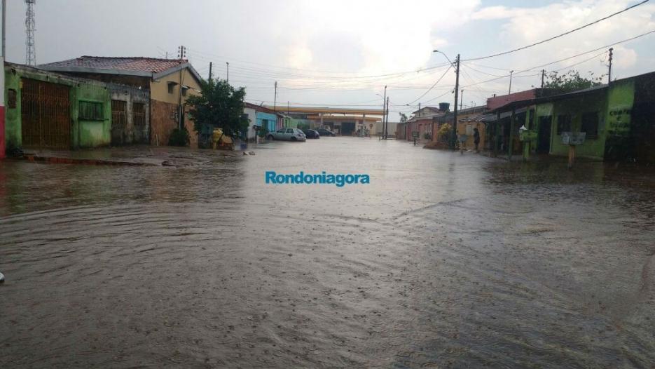 Forte temporal derruba estrutura de posto de combustível em Porto Velho; confira vídeo e fotos