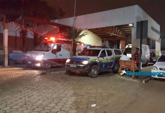 Criança é atingida por bala perdida dentro de carro em movimento em Porto Velho
