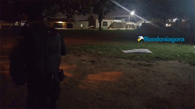 Jovem é assassinado com vários tiros no centro de Porto Velho