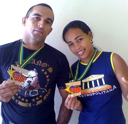 Acadêmica da Metropolitana vence torneio Internacional de Submission Fight