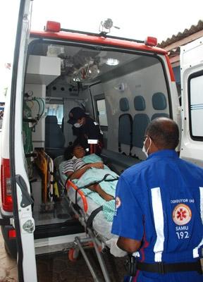 Governo Confúcio faz o que já deveria ter feito: remove só agora os pacientes do João Paulo