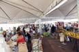Ambulantes do Shopping Popular são instalados nas praças Marechal Rondon e Jonathas Pedrosa