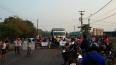 Moradores protestam contra garimpo e fecham a ponte sobre o Rio Madeira