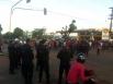 Em protesto, garimpeiros bloqueiam Avenida Farqhuar em Porto Velho