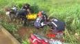 Casal cai de moto na BR-364; homem pode ter fraturado coluna