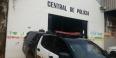 Homem é preso em terreno baldio com moto roubada na Zona Leste