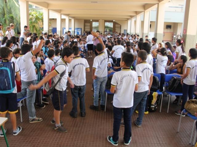 Mais de 220 mil alunos da rede estadual voltam às aulas na segunda-feira em Rondônia