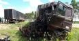 Duas carretas ficam destruídas em colisão na BR-364