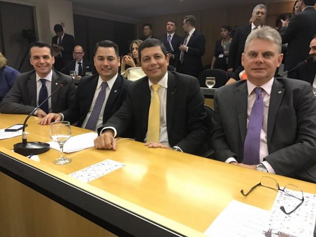 """Para presidente da OAB, reforma da Previdência é """"retrocesso inadmissível""""; conselheiros federais de Rondônia participam de ato"""