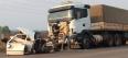 Colisão entre carreta e Fiorino deixa um morto na BR-364; fotos