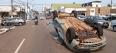 Colisão entre automóveis causa capotamento e deixa duas mulheres feridas em Porto Velho