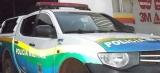 Dupla é detida após roubar celular e relógio de adolescente em parada de ônibus