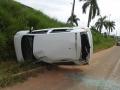 Casal discute, marido puxa freio de mão e carro capota na BR-364