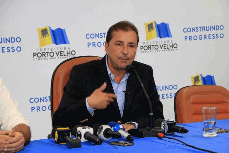 Prefeito de Porto Velho exonera secretário de Fazenda